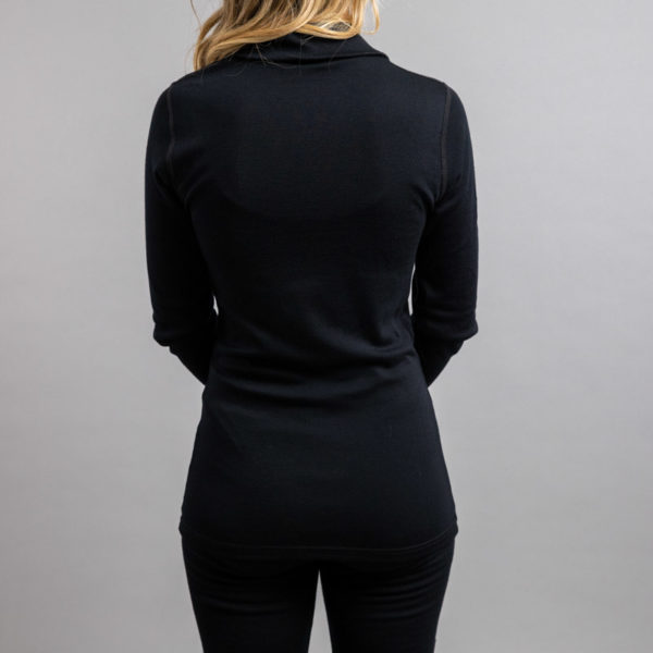 Lady wearing Black SPZB Merino Skins – Unisex Long Sleeve Half Zip Front